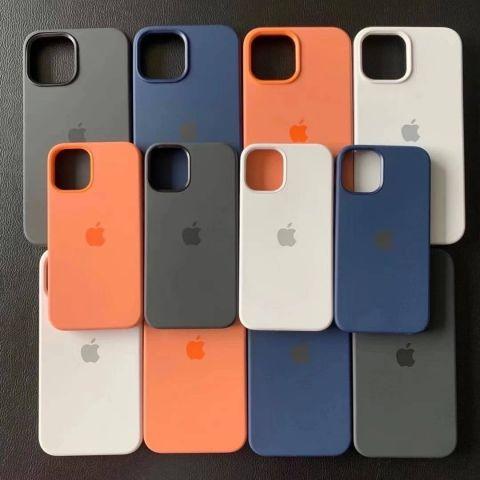 Силиконовый чехол для iPhone 12 Pro Max Silicone Case MagSafe