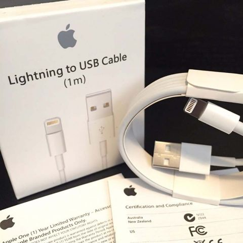 Оригинальный usb lightning кабель для iPhone 5/6/7/8/X/XS Max, iPad 4/Air/Mini (1м)