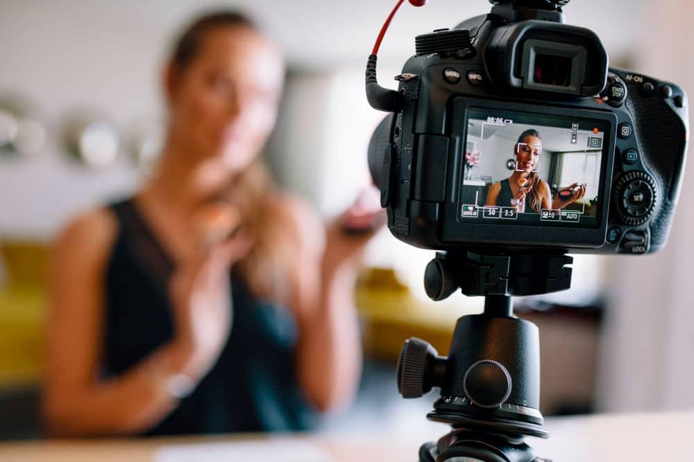 Лучшие камеры для видеоблога 2020 года: Топ 7 рейтинг камер для влогов