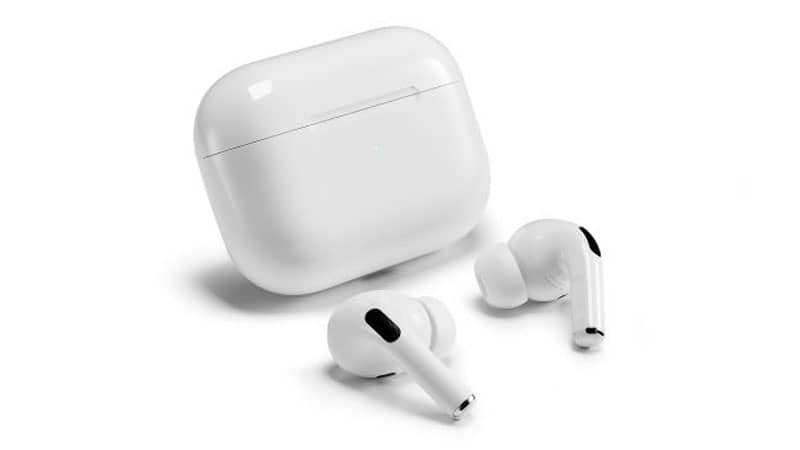 Apple AirPods Pro фото