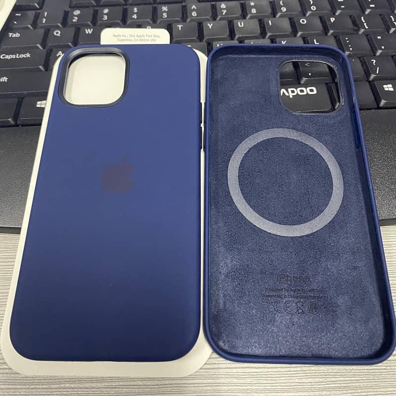 Силиконовый чехол для iPhone 12 Mini Silicone Case MagSafe фото 5